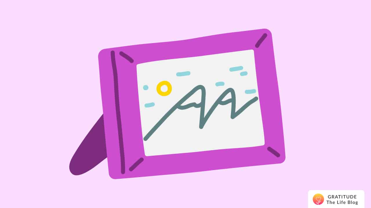 Illustration of a pink photo frame