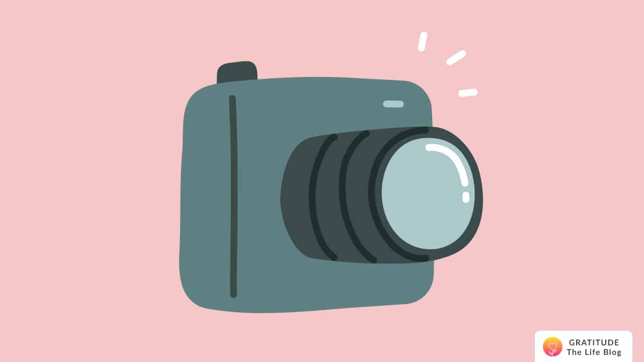Illustration of a digital camera
